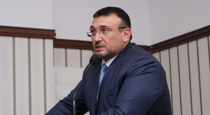 Министърът на вътрешните работи Младен Маринов приветства участниците в