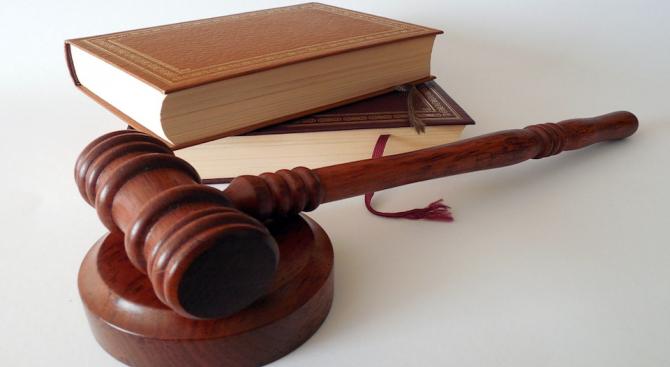 Съдът остави в ареста тримата обвинени за организиран трафик на жени в страната и чужбина