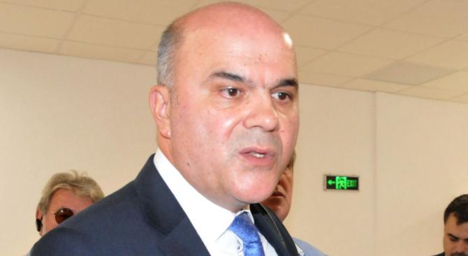 Бисер Петков: Темата за изплащането на болничните ще продължи да се дискутира