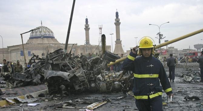 Най-малко 18 мирни жители загинаха и 27 бяха ранени днес