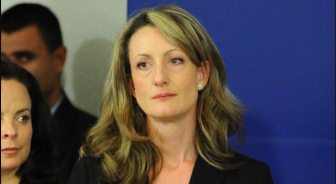 Зинаида Златанова: Нека и двете страни в спора за Гешев да се успокоят