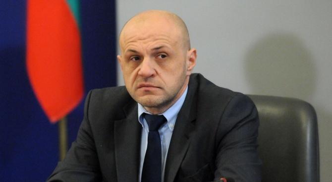 Томислав Дончев: Популизмът е основната вирусна заплаха за демокрацията
