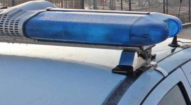 Въоръжен обир на газстанция в София. Има ранен