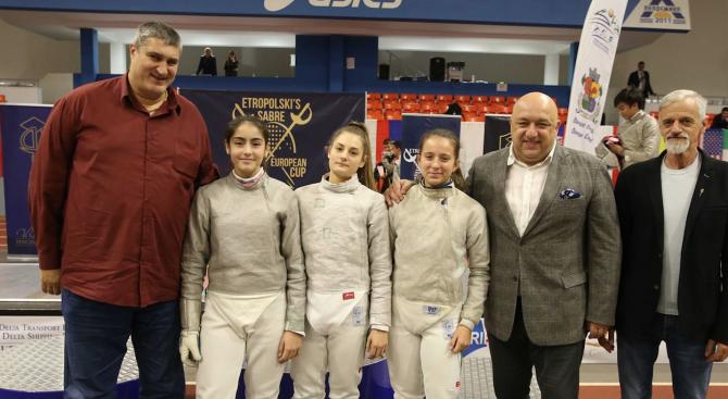 Министърът на младежта и спорта Красен Кралев и вицепрезидентът на