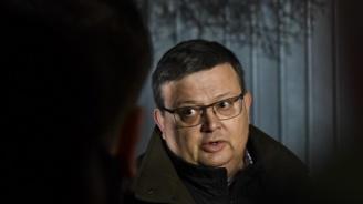 Цацаров за Радев: Няма тъмен подтекст в отказа да подпише указ за Гешев
