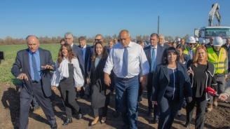 Борисов за Манолова: Да внася каквото си иска