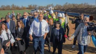 Министър Петкова: С изграждането на интерконектора Гърция-България диверсификацията на природен газ за Югоизточна Европа е факт