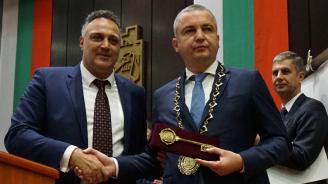 Преизбраният кмет на Варна Иван Портних встъпи в длъжност