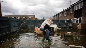 Евакуираха село във Великобритания, заради опасност от наводнения