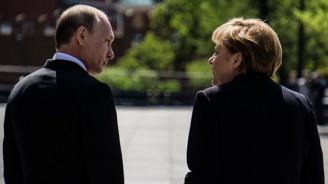 Путин и Меркел обсъдиха Украйна в телефонен разговор