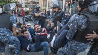 Мъж бе убит по време на протестите в Ливан