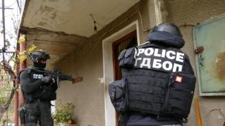 "Мащабна спецоперация в квартал ""Победа"" в Бургас"