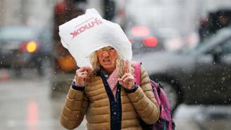 Арктически студ скова голяма част от САЩ
