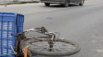 Кола помете велосипедист и избяга в с. Септемврийци