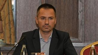 """Ангел Джамбазки: Наши евродепутати ще гласуват за спирането на строителството на АМ """"Струма"""""""