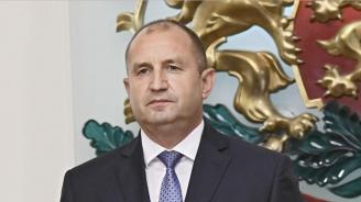 Румен Радев изрази съболезнования по повод жертвите на катастрофата край Нитра