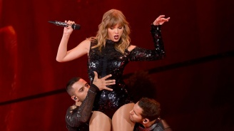 Тейлър Суифт: Не ми разрешават да пея хитовете си