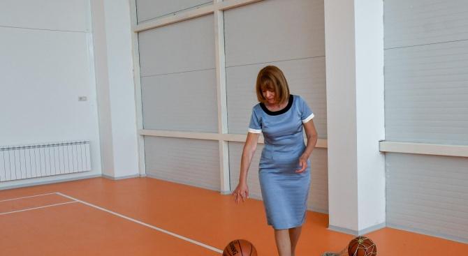 От 11.00 часа кметът на София Йорданка Фандъкова ще провери