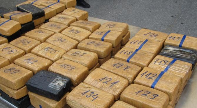 Откриха хероин за милиони на Дунав мост