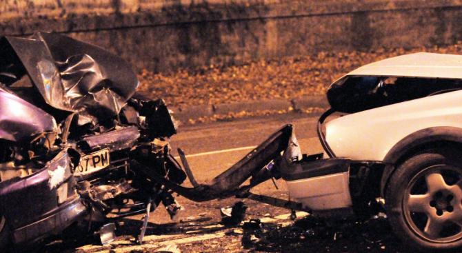 Двама са леко пострадали при инцидент по пътя Сливо поле