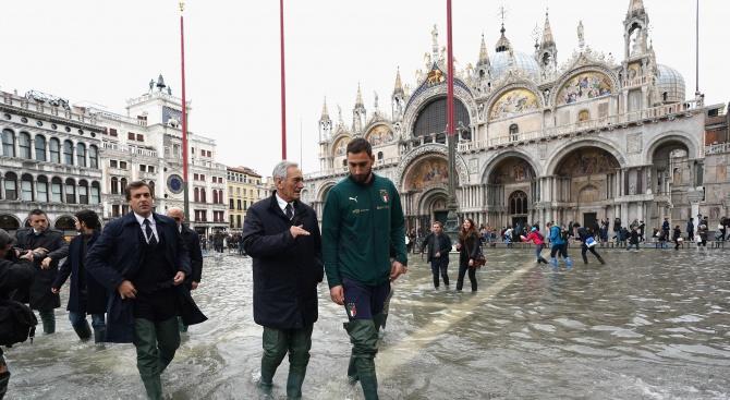 Венеция преживява трети пореден потоп за една седмица. Тревога за
