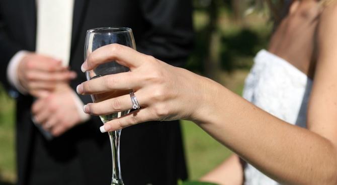 Дати за сватби в Ягодинската пещера са резервирани и за