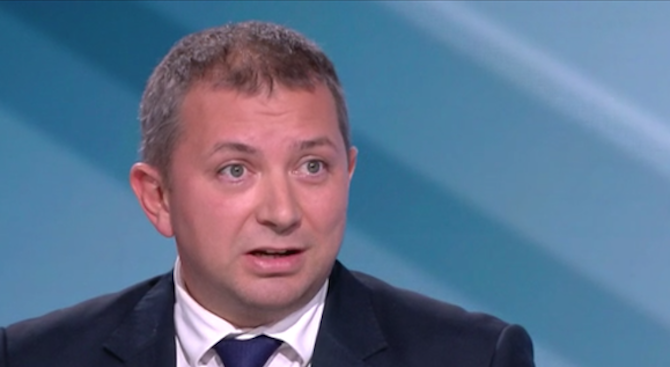 Решението на Борисов да не внесе в парламента предложението за