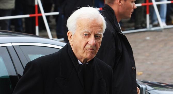 Наръгаха син на ексгермански президент. Той почина