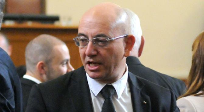 Емил Димитров обясни, че не е разговарял с НФСБ за