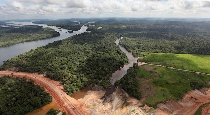 Амазонската джунгла е загубила 9762 кв. км от площта си