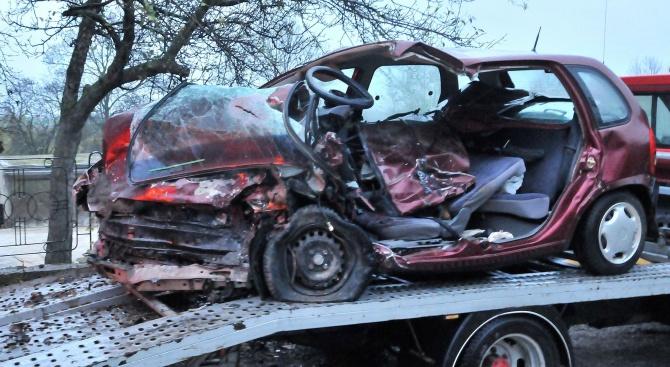 Трети човек е починал след катастрофата на пътя между Силистра и Русе