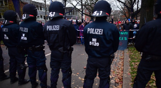 Над 5000 души в германския град Хановер излязоха на демонстрация