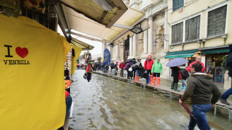 Италия отпуска още 65 милиона евро за възстановяване на Венеция