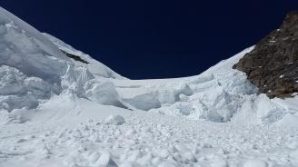 Извънредно положение в Тиролските Алпи заради обилен снеговалеж и лавини