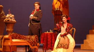 В Туркменистан гледаха опера за пръв път от почти 19 години насам, засега няма сигнали за връщане на балета