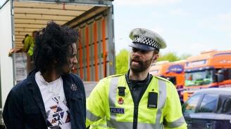25 пътуващи в хладилен контейнер имигранти хванаха в Холандия