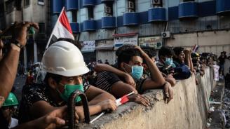 Протестиращи в Басра блокираха достъпа до две пристанища и до петролно находище