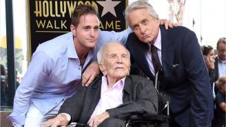 Кърк Дъглас иска скромно празненство за 103-ия си рожден ден