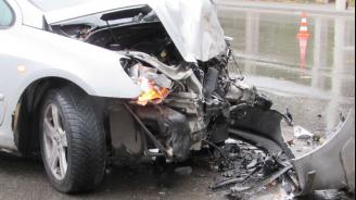 Катастрофата с три коли край Търговище - заради мокра настилка и несъобразена скорост