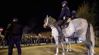 Полицаи и жандармеристи излязоха на протест в Лисабон