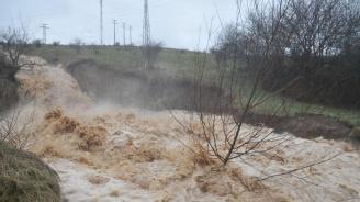 Караниколов: Ремонтираме пет от опасните язовири в страната