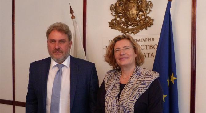 Боил Банов проведе среща с френския посланик у нас