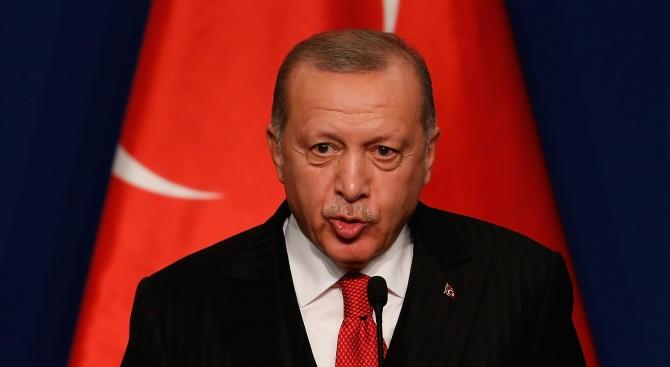 Реджеп Ердоган: Еманюел Макрон има болни разбирания