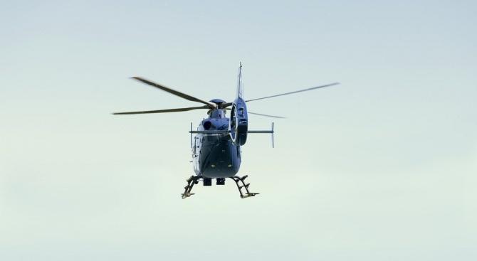 Хеликоптер се разби, пилотът загина