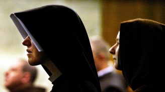 Страстна любов стана причина Ватикана да затвори прочут манастир