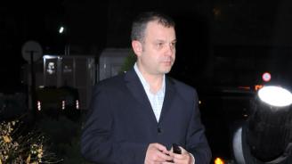 Кошлуков не знаел, че взима с 40% над заплатата си, наложи си наказание