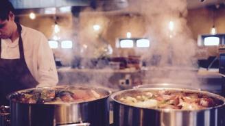 Известен шеф-готвач издъхна от мистериозна болест, докато записва предаване