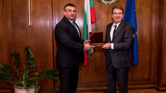 Младен Маринов проведе работна среща с министъра за защита на гражданина на Гърция