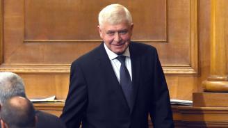 """Кирил Ананиев към БСП: Вече не се обръщайте към мен с """"уважаеми г-н министър"""", защото не го чувствате"""