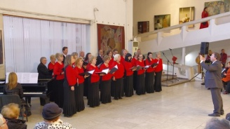 """Откриха четвъртия Национален хоров фестивал """"Петко Стайнов"""" в Казанлък"""